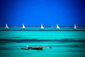 safari-bike-africa-mar-barcos