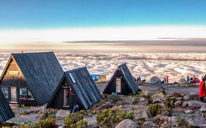 safaris-trekking-kilimanajaro-marangu-2